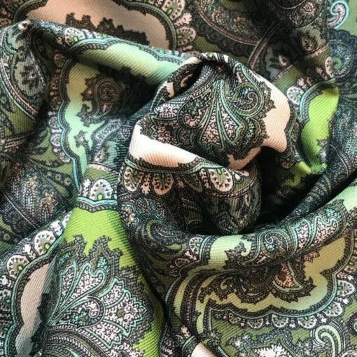 Wełna z jedwabiem w tureckie wzory